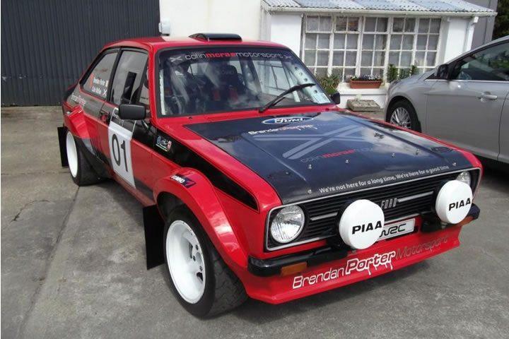 Dirt Rally – Ford Escort MKII és egy erdős finn szakasz (Naarajärvi)